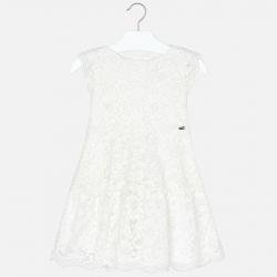 Čipkované biele dievčenské šaty MAYORAL 3934-079 Natural
