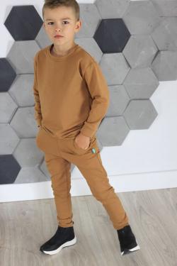 Hnedá chlapčenská mikina MM 938 jednofarebná