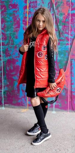 Dievčenská prešívaná vesta červená