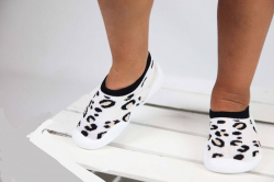 Detská barefoot obuv, papuče biela - leopard