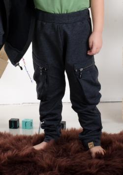 Chlapčenské bavlnené nohavice so zipsami