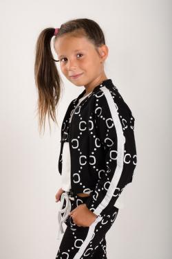 Dievčenská mikina bez kapucne MM 961 Chanel black
