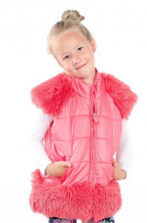 Dievčenská vesta s kožušinovými doplnkami malinová MM 211 stawberry
