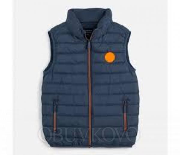 Chlapčenská  vesta s kapucňou MAYORAL 6453-050 plomo