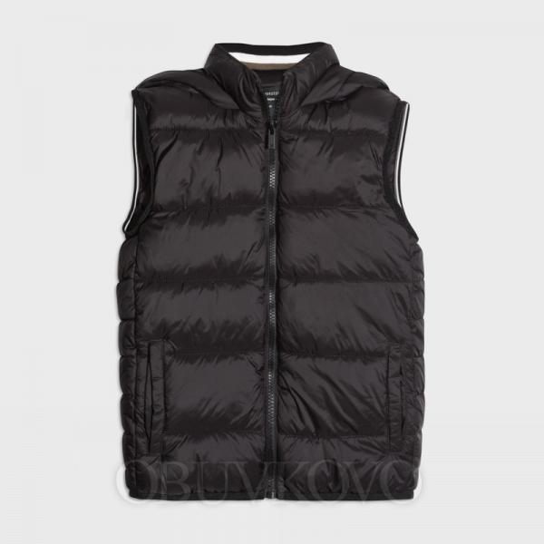 Chlapčenská vesta s kapucňou MAYORAL 7322-051 black